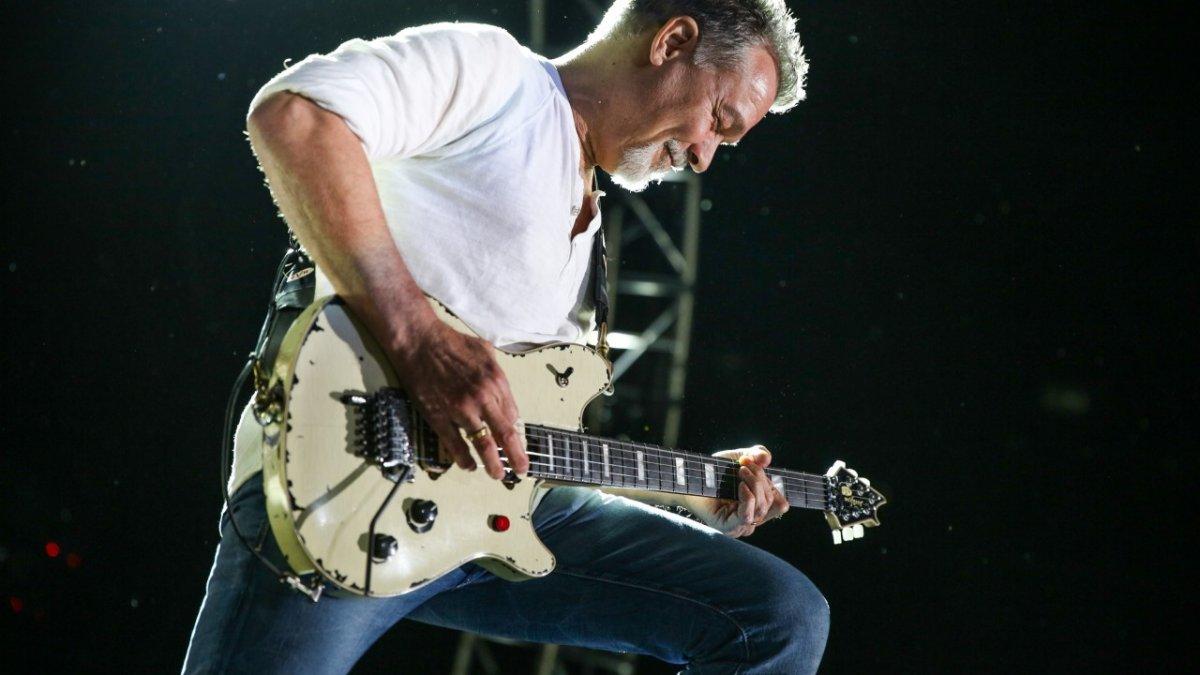 Eddie Van Halen kimdir? Ölüm nedeni nedir? Eddie Van Halen biyografisi #1